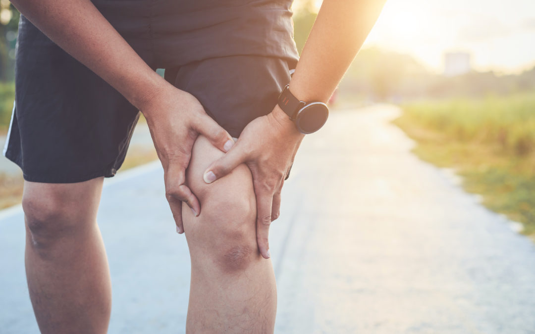 An In-Depth Guide to Medial Knee Pain: Symptoms, Causes, and Treatment